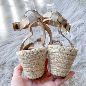 Clarks Shoes - NEW Clarks Petrina Selma Rose Gold Leather Sandal